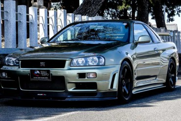 Nissan GTR R34 V-spec II NUR for sale JDM EXPO (N.8067)