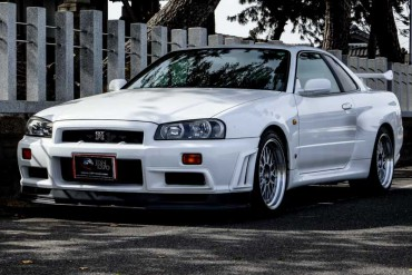 Nissan Skyline GTR R34 V-spec for sale JDM EXPO (N.8166)