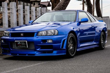 Nissan Skyline GTR R34 V-Spec for sale JDM EXPO (N.8201)