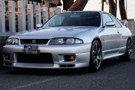 Nissan Skyline GT-R V spec (N.8208)