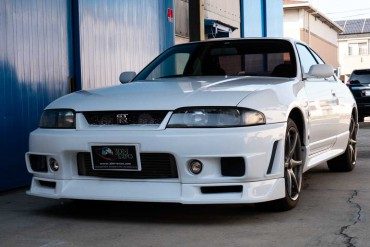 Nissan Skyline GTR R33 for sale at JDM EXPO (N.8282)