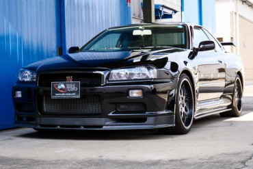 Nissan Skyline GTR R34 V-spec II for sale JDM EXPO (N.8306)