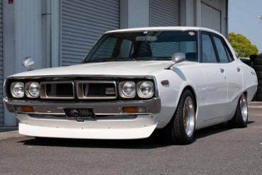 Nissan Skyline KENMERI GC110 for sale JDM EXPO (N.8346)