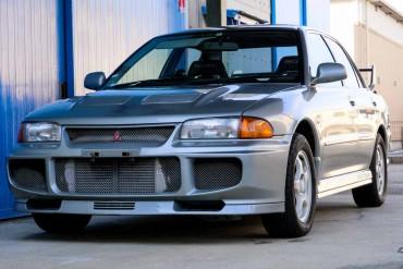 Mitsubishi EVO III (N.8373)