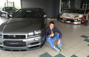 Dominik Farnbacher with his Skyline GTR R34 V-Spec II Nur delivered by JDM EXPO Japan