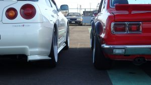 JDM EXPO Demo Cars - Skyline GTR R34 V-Spec II Nur vs. Hokosuka GTX GTR Replica